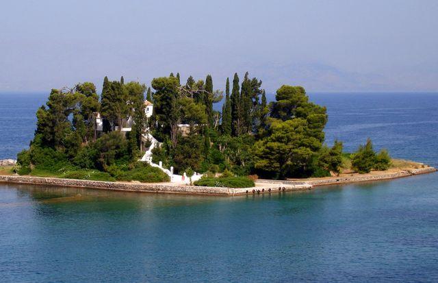 Остров Понтикониси, Корфу