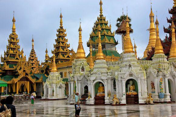 Храмовый комплекс Шведагон, самые красивые буддийские храмы мира, фото