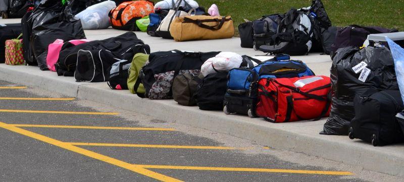 Много багажа