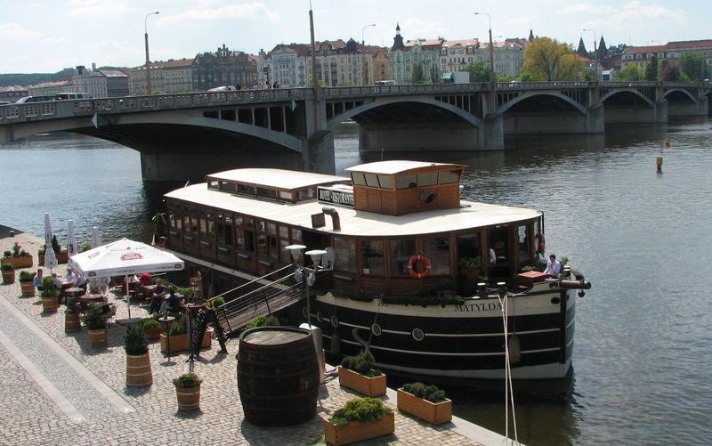 Ботель в Праге
