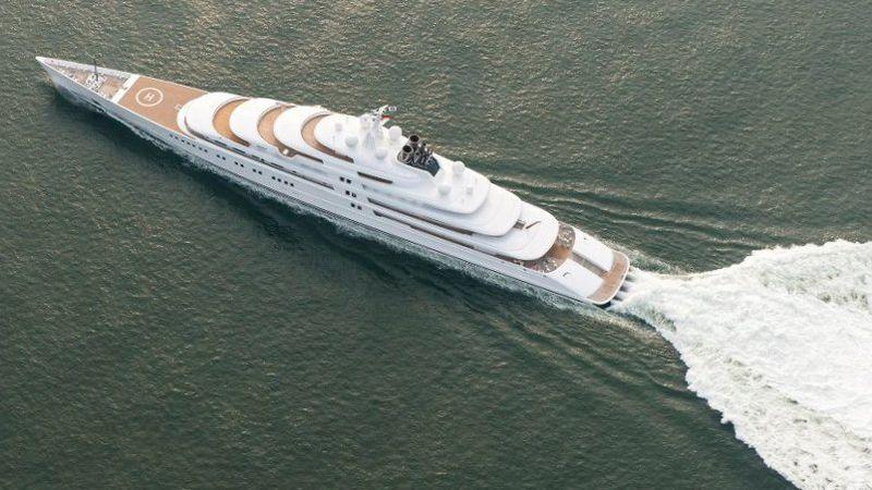 Azzam - одна из лучших яхт для кругосветного путешествия