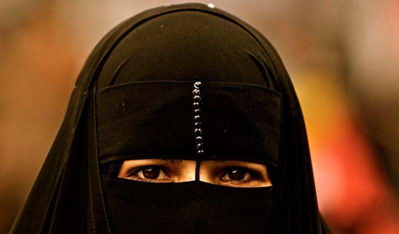 Почему мусульманки носят платки