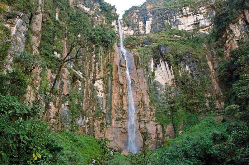 Водопад Юмбилья, один из самых высоких в мире