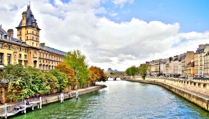 Отели в Париже, недорого, в центре
