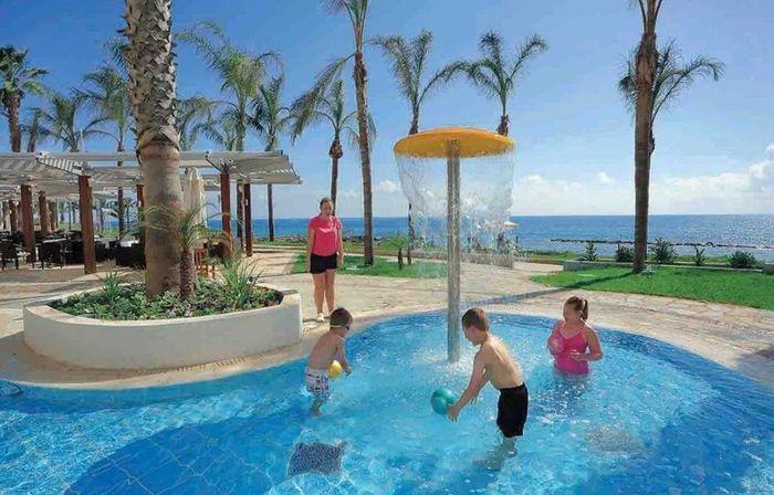 Alexander The Great Beach, отель для отдыха с детьми
