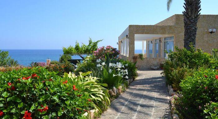 Aphrodite Beach, гостиница для отдыха с детьми на Кипре
