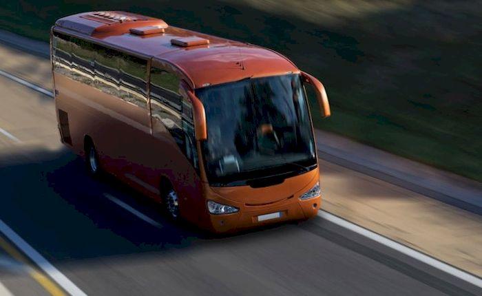 Автобус с пассажирами