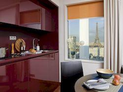 Adagio Paris Tour Eiffel, недорогие апартаменты с видом на Эйфелеву башню, фото