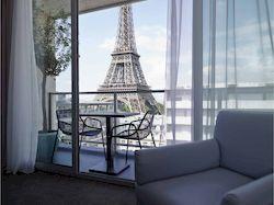 Pullman Paris Tour Eiffel, отель в центре Парижа с видом на Эйфелеву башню