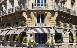 Отель в Париже Radisson Blu Le Dokhan's видом на Эйфелеву башню. 5 звезд