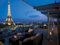 Shangri La Paris, пятизвездочный отель с видом на Эйфелеву башню
