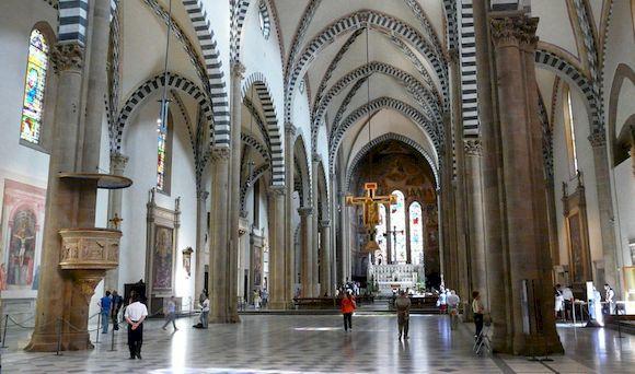 Базилика Сан Лоренцо внутри