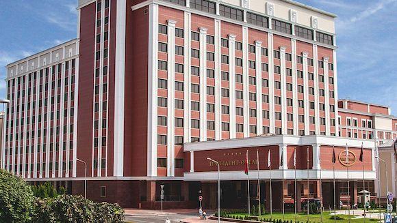 Президент-Отель в Минске для встречи Нового года, фото