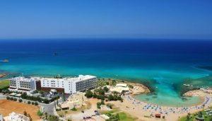 10 отелей Кипра 3* для экономного отдыха
