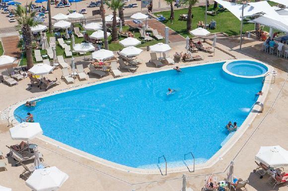 Vrissaki Beach Hotel, Протарас,