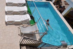 Афина, Витязево, гостевой дом с бассейном, недорого