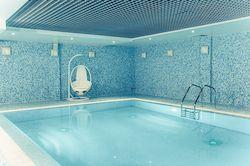 Спа отель Новый Петергоф в Санкт-Петербургской и Ленинградской области с бассейном, фото