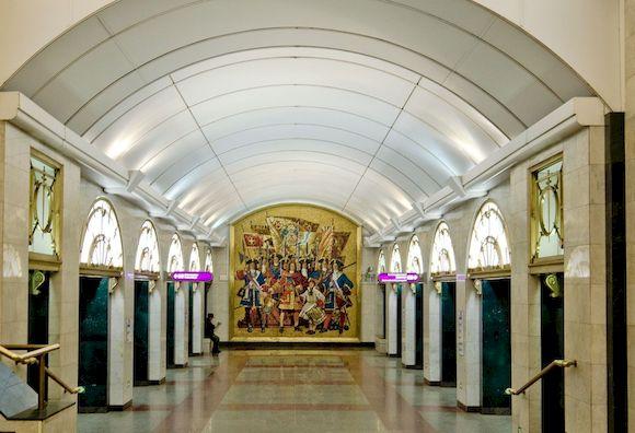 Адмиралтейская, глубокая станция метро