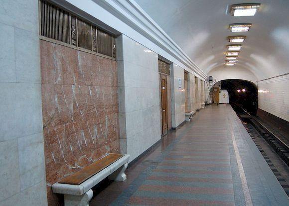 Арсенальная, самая глубокая станция метро в мире