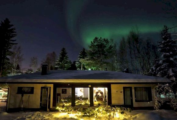 Домик в Финляндии на Новый год