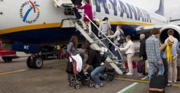 Перевозка коляски в самолете