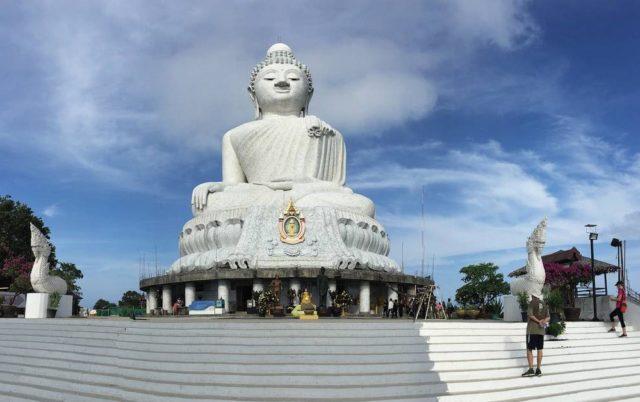 Храм большой будда