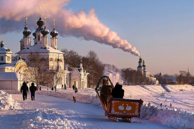 Дед мороз на лошадях