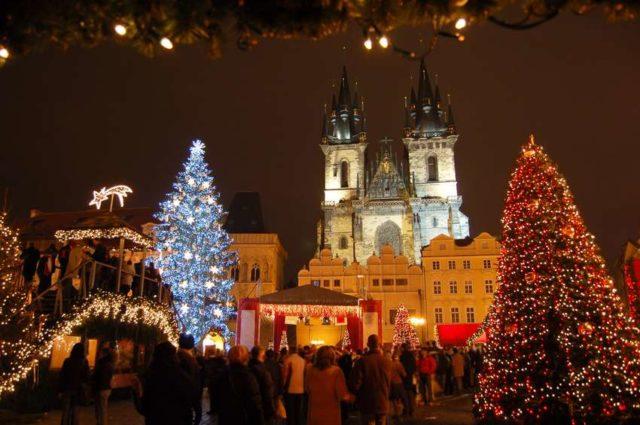 Новогодние елки в Праге
