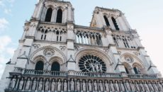 Собор Парижской Богоматери Нотр дам в Париже
