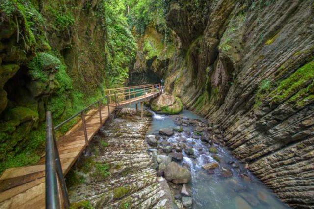 Сивирское ущелье в национальном парке Сочи