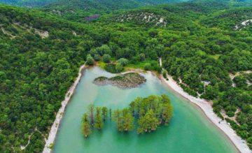 Кипарисовое озеро в Сукко