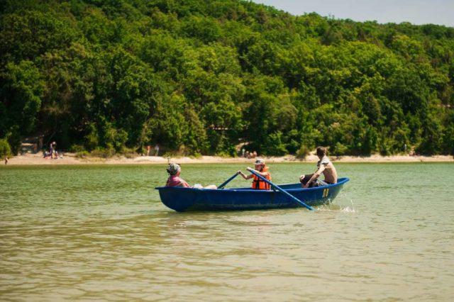 прогулка на лодке в Сукко