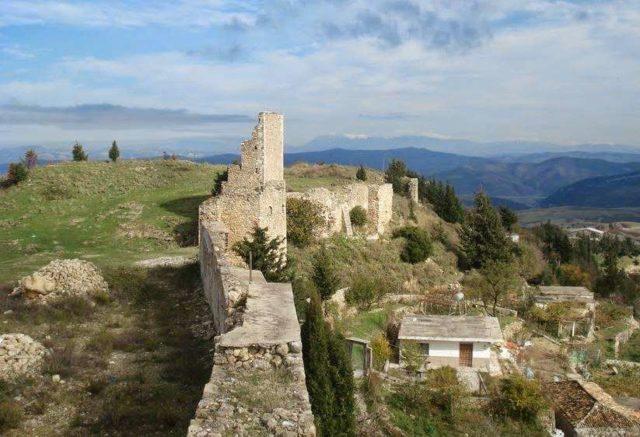 Замок Канина