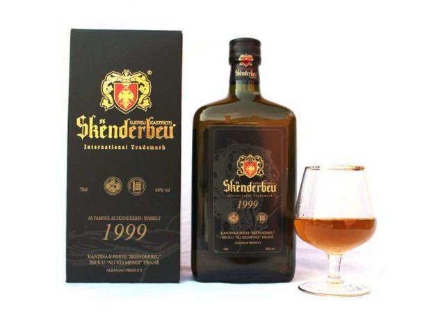 Алкоголь из Албании