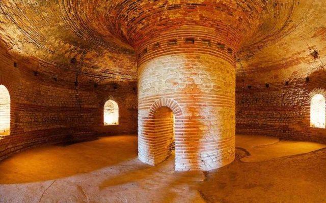 Тракийская гробница в Поморие