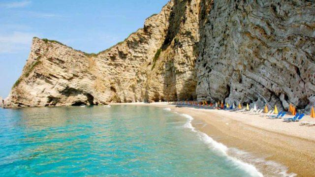 Пляж Парадиз бич