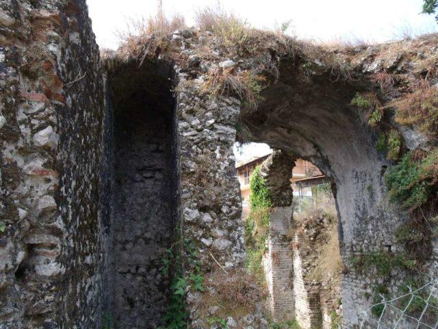 Руины римских терн