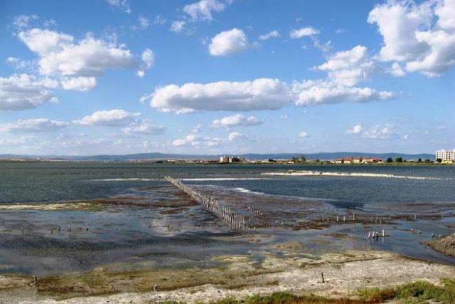 Соленое озеро в Поморие
