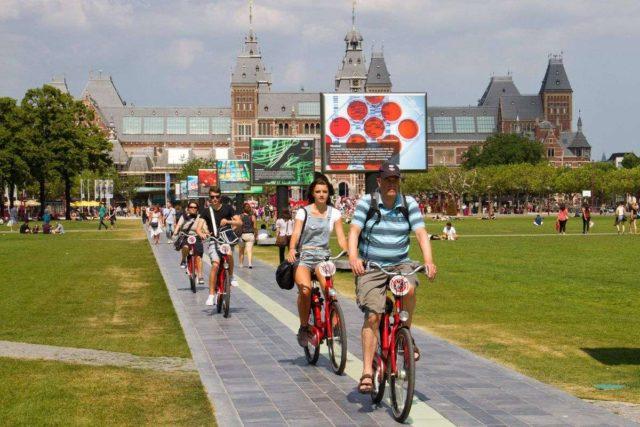 Велосипедная прогулка по Амстердаму