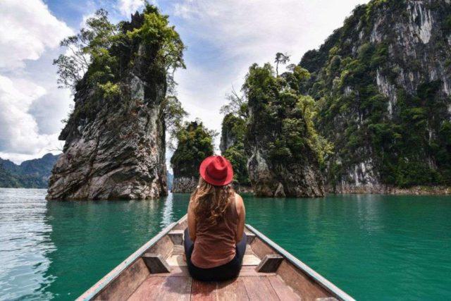 Лодка на Чео Лан