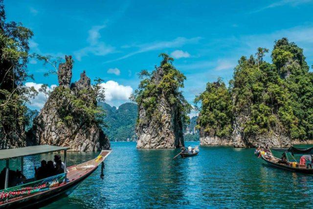 Прогулка на лодке по озеру Чео Лан