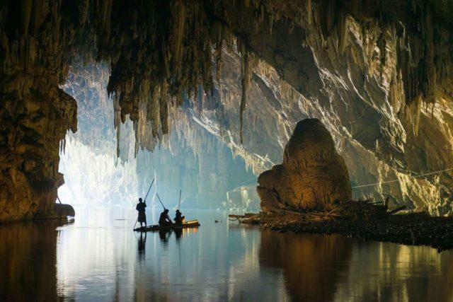 Пещеры у озера Чео лан