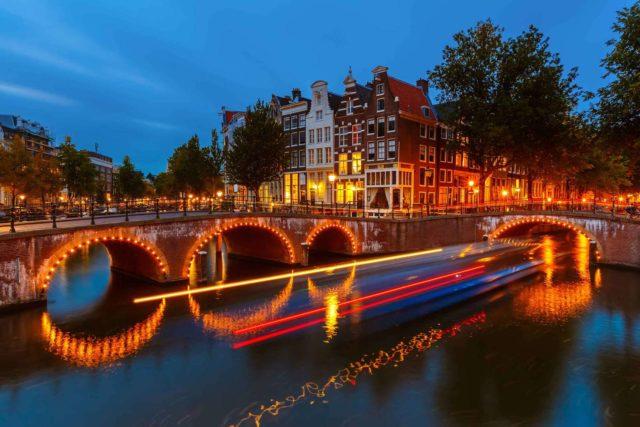 Украшение Амстердама на новый год
