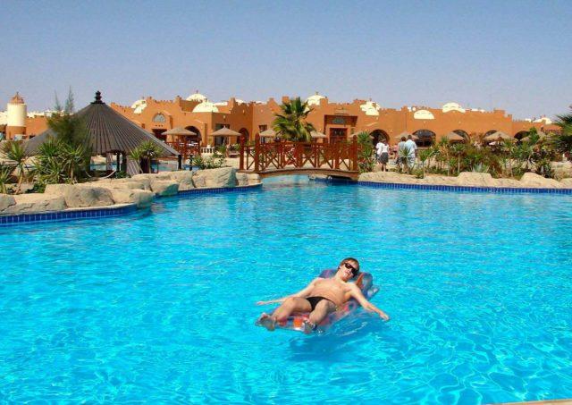 Отдых в египте в бассейне